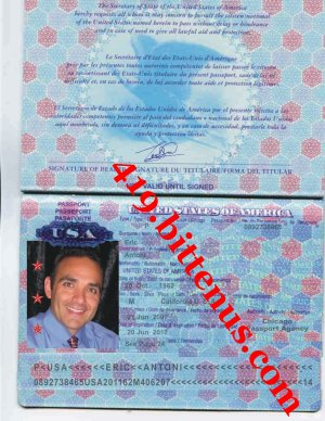 International Passport Eric Antoni